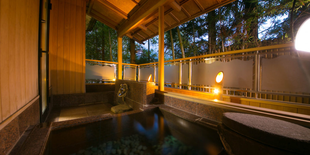 Guest rooms with open air bath