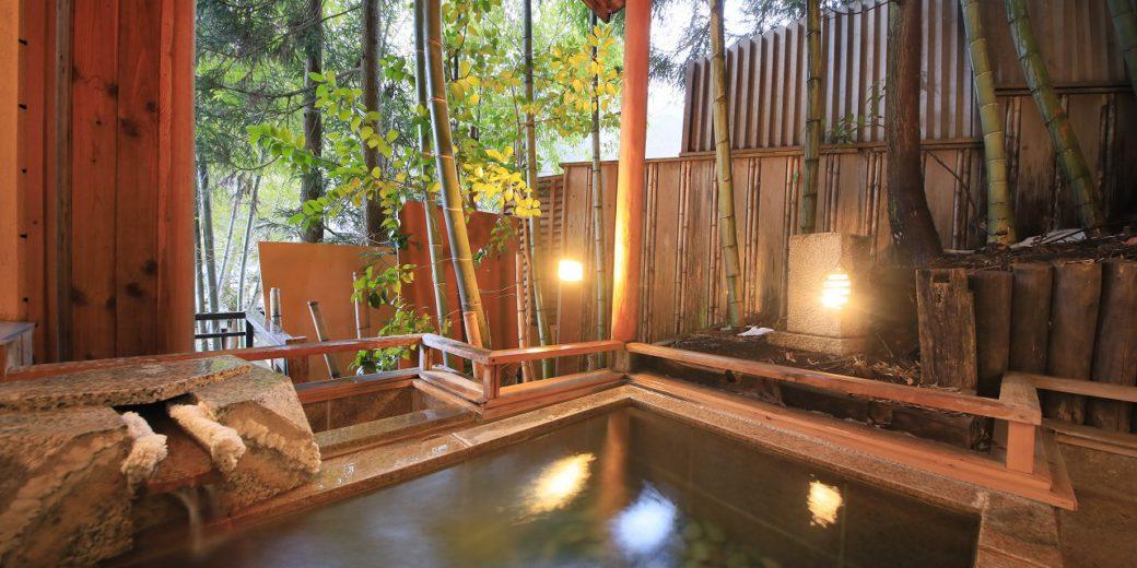 源泉掛け流し 露天風呂付きベット客室