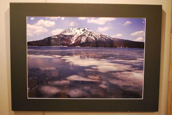 谷川岳フォトギャラリー企画展が入れ替わりました。 ~竹原茂 写真展 「尾瀬の四季」~