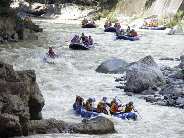 【期間限定】≪利根川の源流で家族みんなでラフティング!≫プランをアップしました。(4/22~11/5)