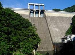 重力式 藤原ダム